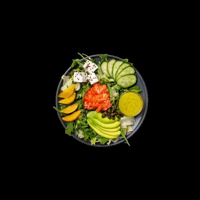 Салат с форелью гравлакс
